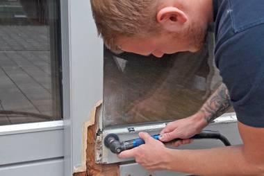 Häufig Holzfenster besser reparieren, statt auszutauschen HJ67